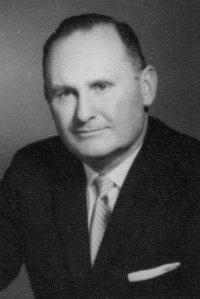 Author Andrew E. Svenson, Sr-001